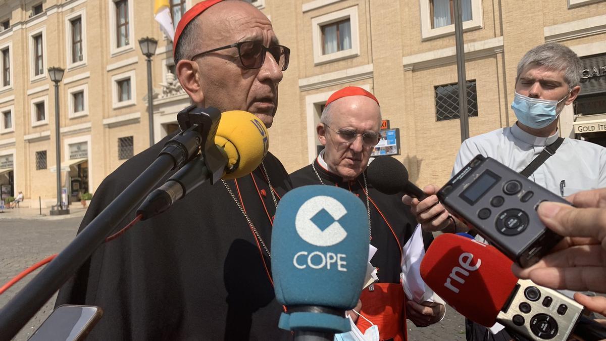 Omella y Osoro, a la salida de la reunión con el Papa