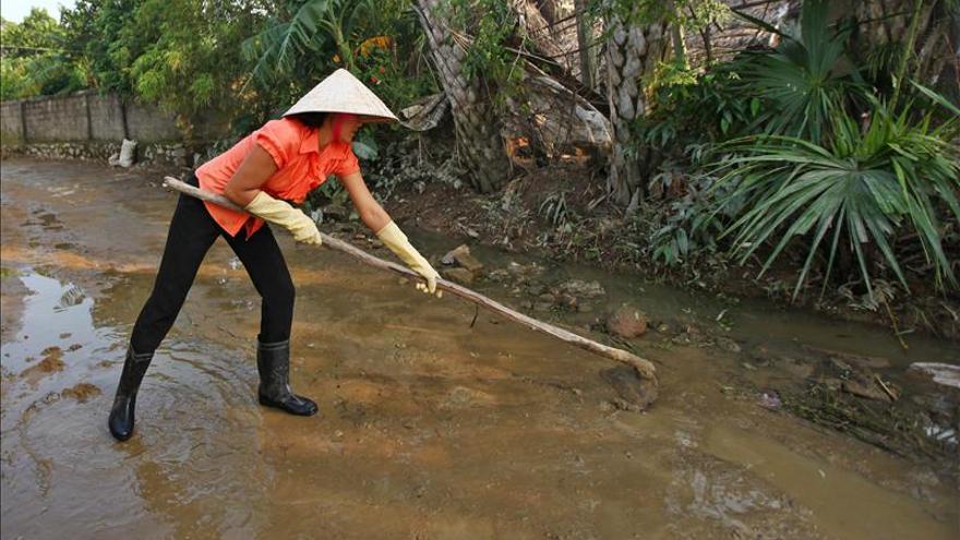 Al menos seis muertos por inundaciones en el centro de Vietnam