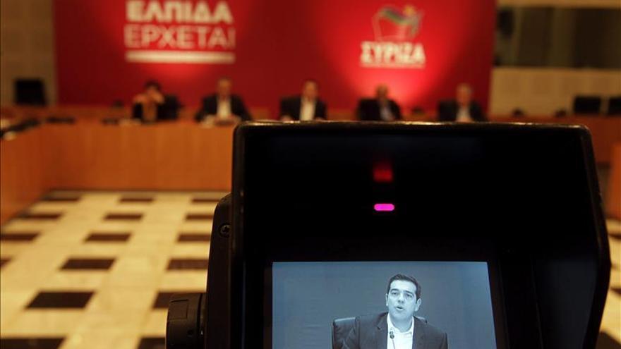 Los seguidores de Tsipras seguros de ganar, los de Samarás... confían en ello