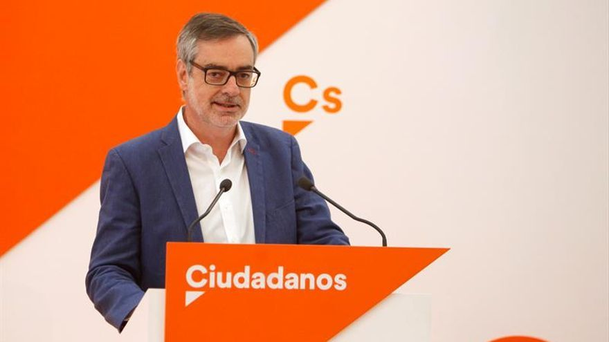 """Villegas dice que """"a Ciudadanos y Arrimadas no se les amedrenta con carteles"""""""