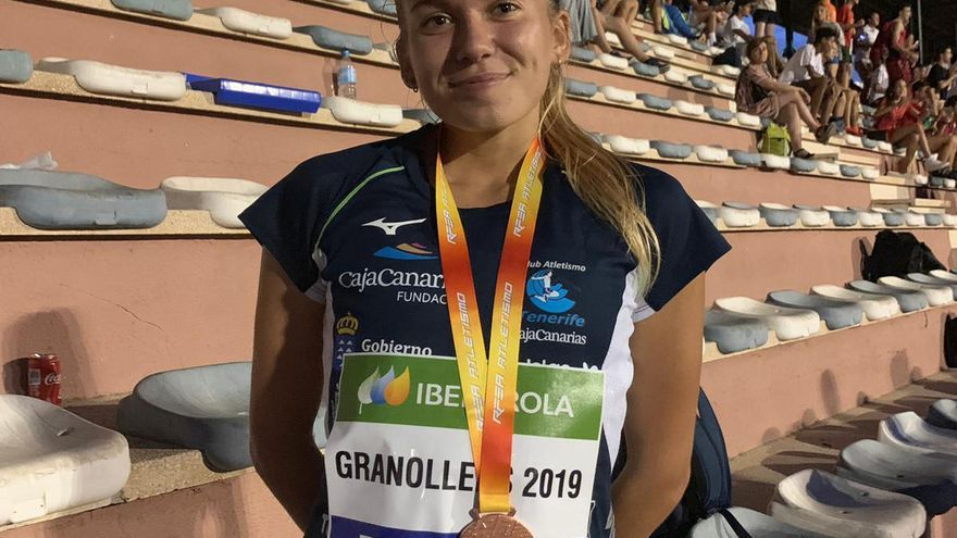Ana Marín, medallista en el Nacional Sub 20 de atletismo