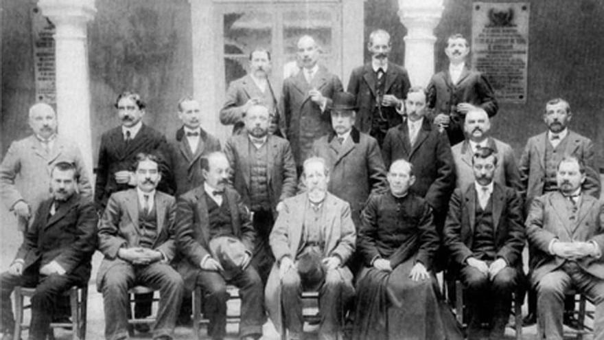 Profesores de Aguilar y Eslava de principios del siglo XX.