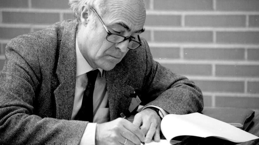 Muere el profesor de la Universidad de Navarra Miguel Urabayen, precursor del periodismo visual