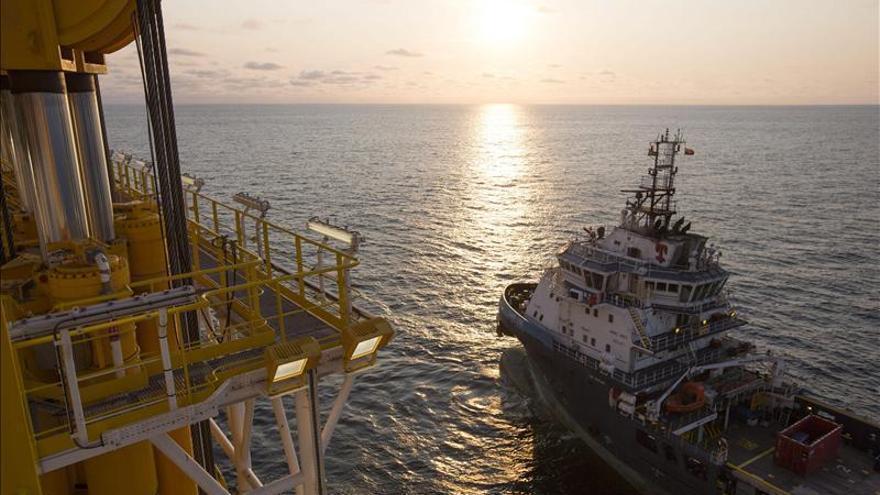 Brufau insiste en que las prospecciones petrolíferas de Canarias son seguras