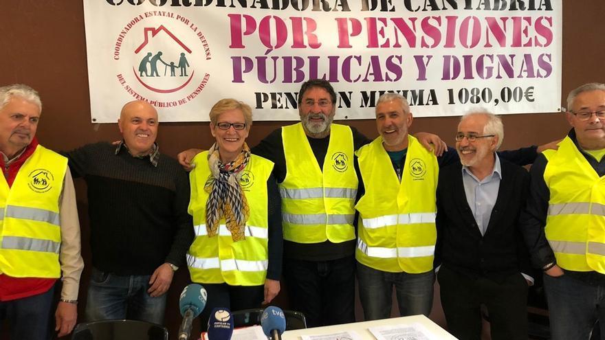 """Pensionistas cántabros advierten que """"gobierne quien gobierne"""" tras las elecciones """"seguirán en la calle"""""""