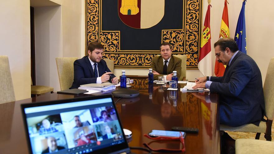 Castilla-La Mancha incorporará las reivindicaciones del sector del transporte en los Pactos de la Moncloa