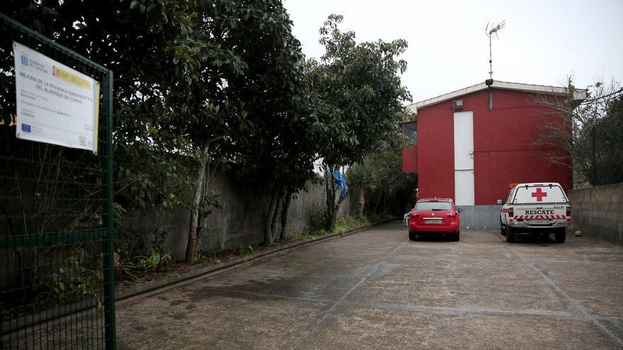 Cancha del albergue de Corvo, en Moya.