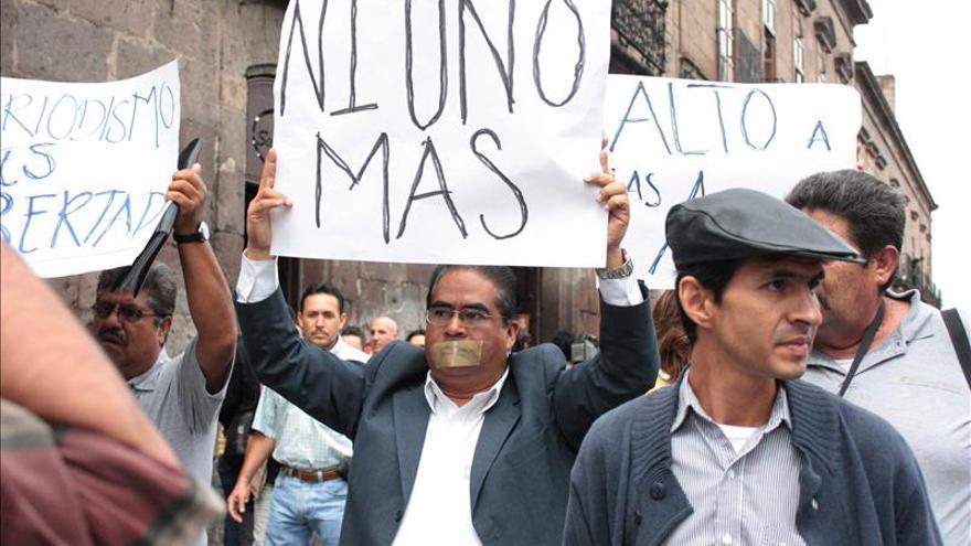 La CIDH condena los asesinatos de un periodista y una tuitera en México