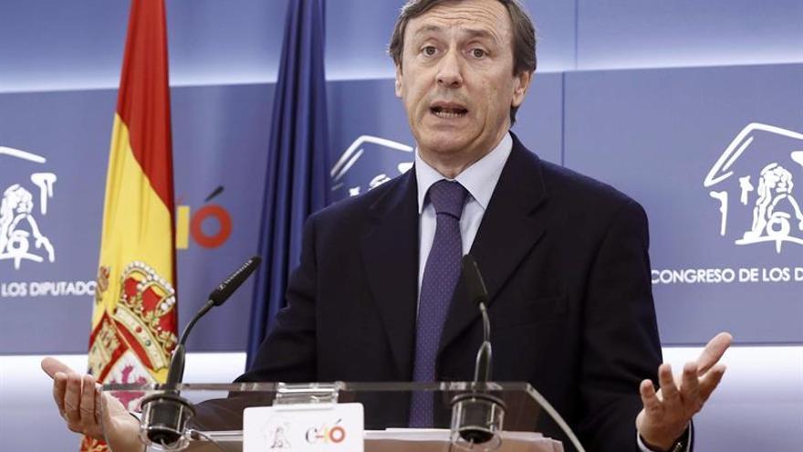 El PP propone sancionar a los diputados por falsedades en sus currículums