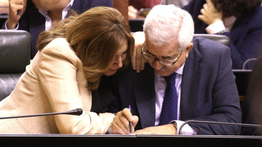 El Parlamento apoya por unanimidad tramitar una ley del PP-A para limitar a dos los mandatos del presidente de la Junta