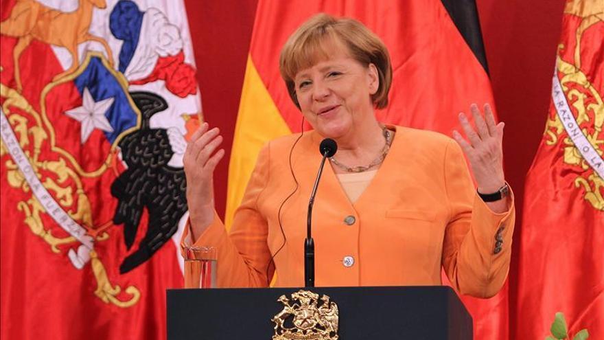 Merkel resalta las semejanzas entre su partido y el socialdemócrata