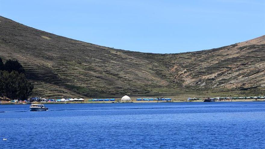 Bolivia y Perú establecerán cantidad de especies de peces en el lago Titicaca