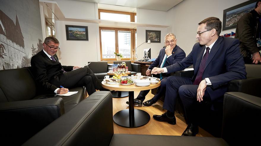El primer ministro de la República Checa, Andrej Babis; el primer ministro húngaro, Viktor Orbán; y el primer ministro polaco, Mateusz Morawiecki.