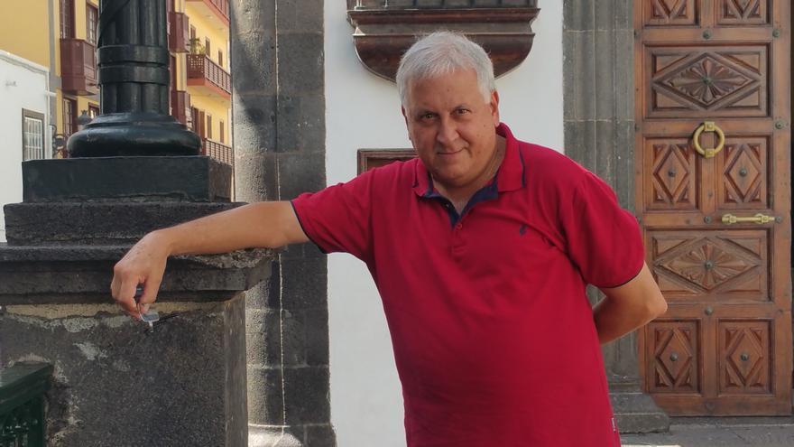 Juan Calero es el coordinador del II Encuentro de Escritores Félix Francisco Casanova. Foto: LUZ RODRÍGUEZ.