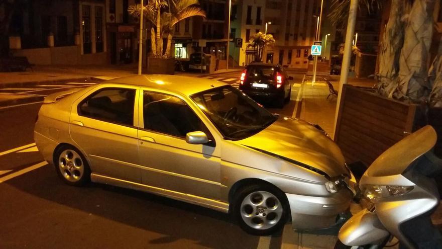 En la imagen, el vehículo accidentado en El Puente.