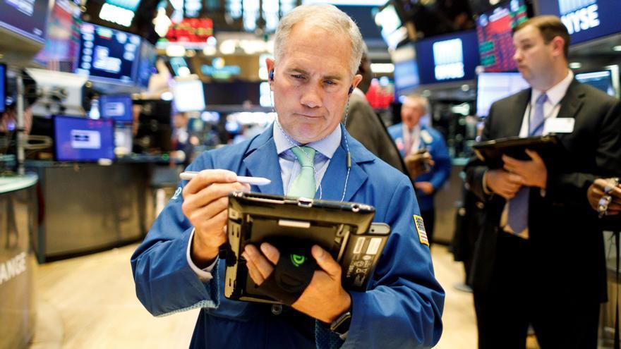 Wall Street cierra en zona mixta y el S&P 500 marca otro máximo histórico