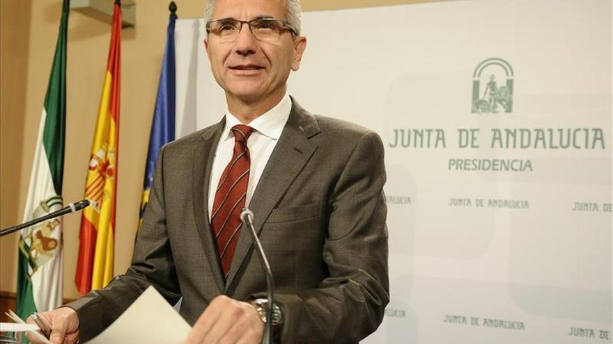 La Junta recuerda que Díaz dijo que Chaves y Griñán deben dejar el escaño si les imputan por un delito
