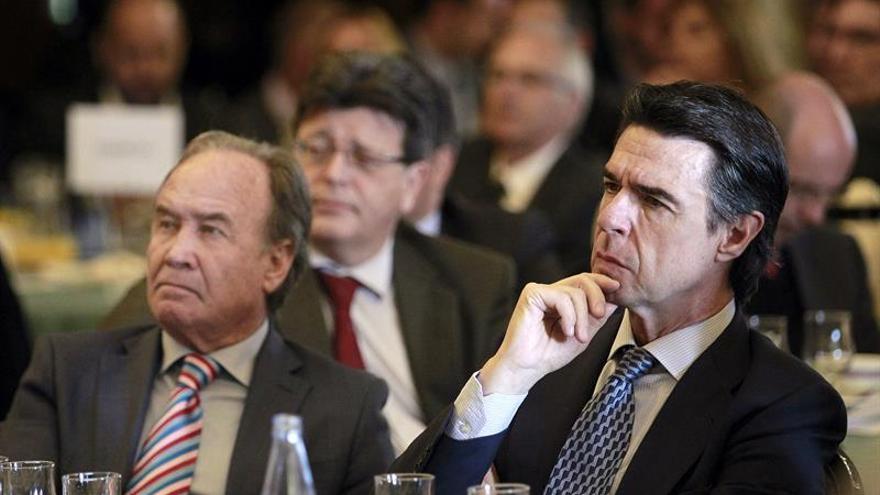 El ministro de Industria, Energía y Turismo, José Manuel Soria, en un encuentro empresarial organizado en Santa Cruz de Tenerife por la Asociación para el Progreso de la Dirección (APD), EFE/Cristobal García