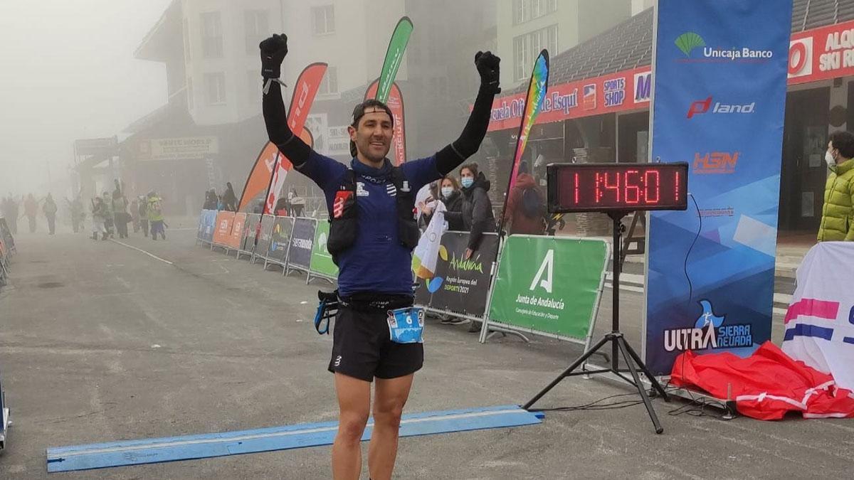 El cordobés David Calero celebrando su triunfo en el Campeonato de Andalucía