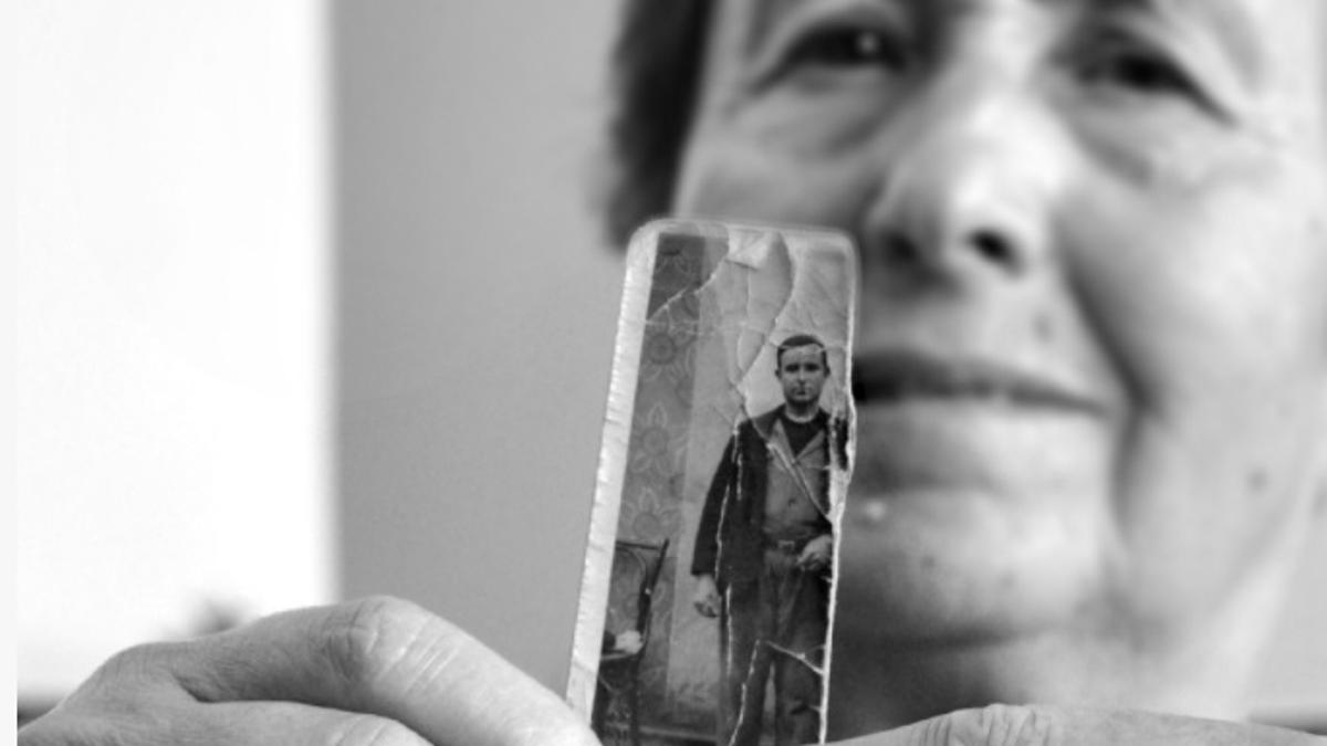 Familiar de una víctima del franquismo en Castilla-La Mancha