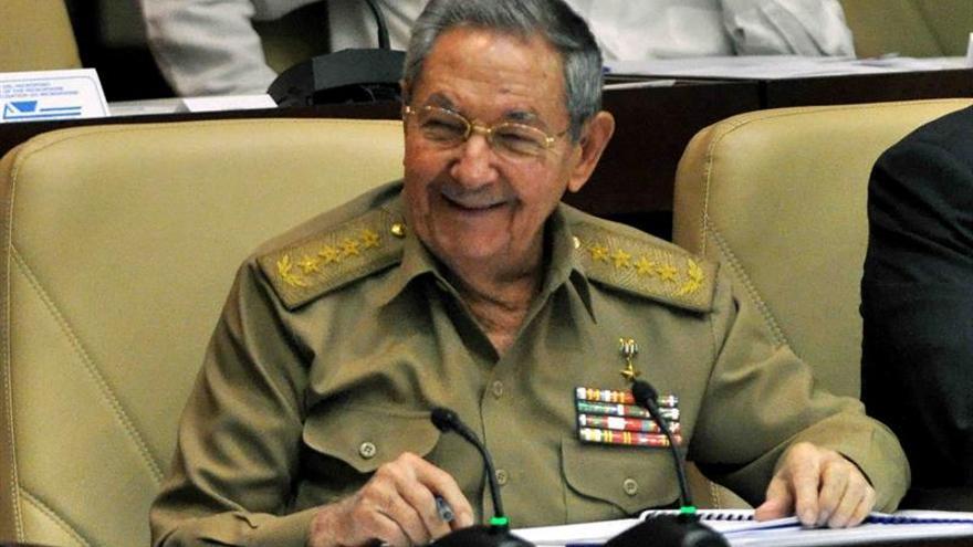 Raúl Castro preside la última sesión del año del Parlamento cubano