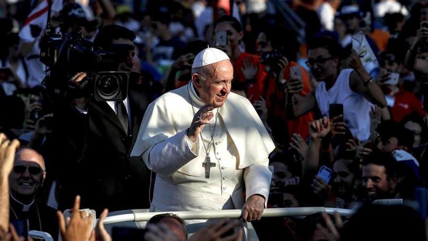 El papa bendijo dones que los jóvenes italianos llevarán a la JMJ de Panamá