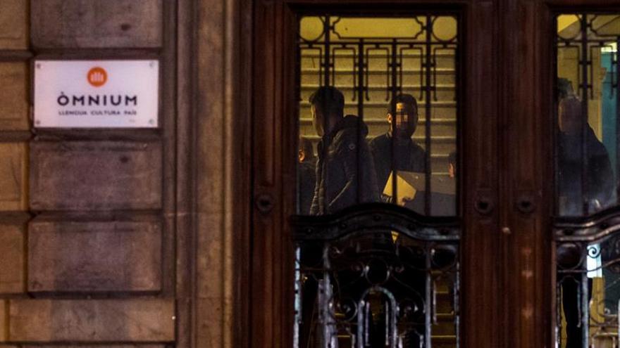 La Guardia Civil confirma que el Govern no subvencionó a Òmnium durante el 1-O