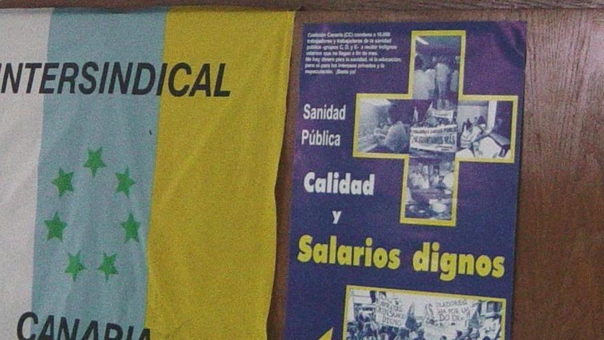 Intersindical Canaria reconoce que pagaba 480 euros y 'en negro' a un trabajador.