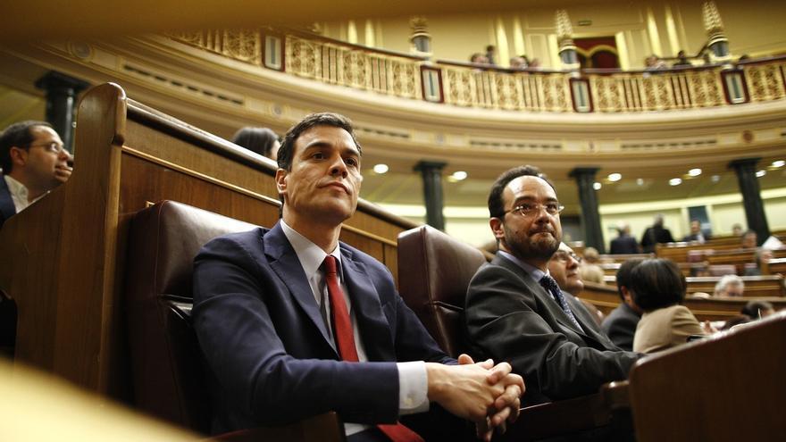"""Sánchez, contento con su intervención en el debate, en el que ha visto a Rajoy """"desencajado"""""""