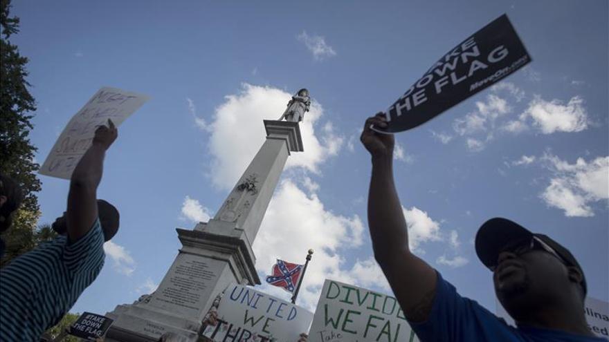Virginia (EEUU) retirará la bandera confederada de las matrículas de vehículos