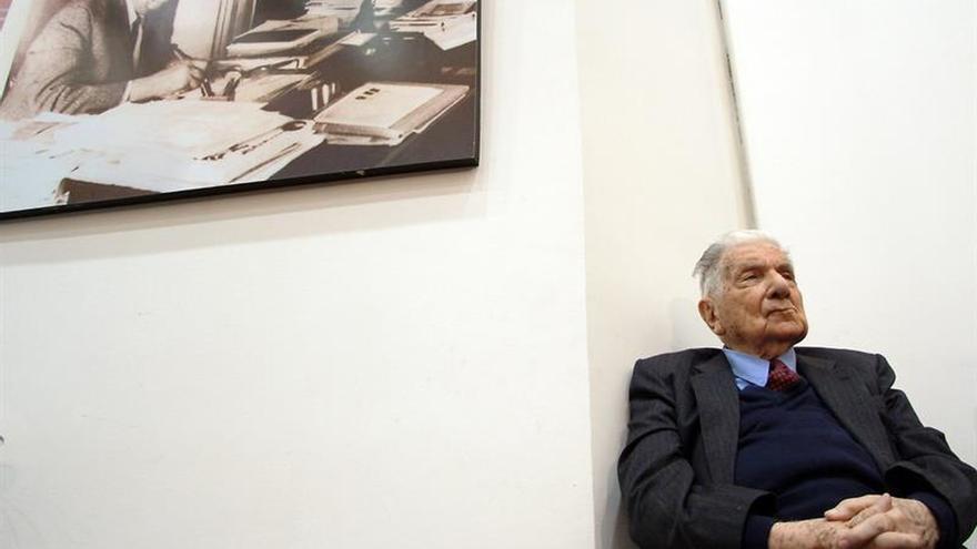 Una exposición desnuda la obra y la faceta política de Augusto Roa Bastos