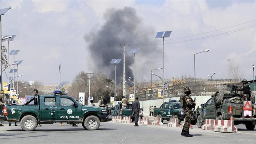 Al menos dos muertos y 12 heridos en ataque a hospital militar en Kabul