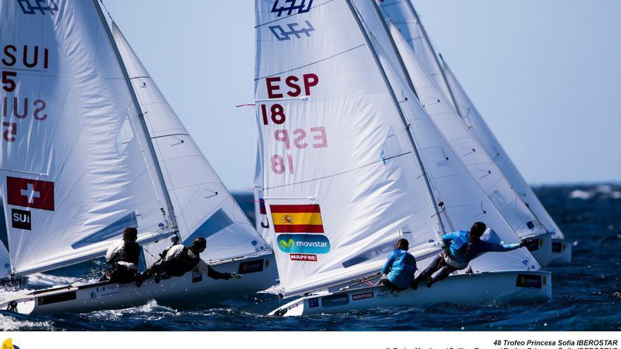 La grancanaria Patricia Cantero y la catalana Silvia Mas, quienes obtuvieron un tercer puesto en la clase 470 femenina junto a la catalana Silvia Mas.