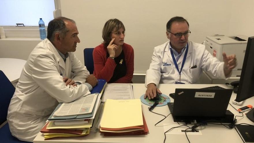 La consellera de Salud se interesa por la evolución de los heridos atendidos en el Hospital Vall d'Hebron