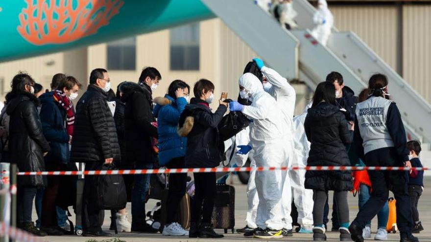 Descartan la infección por coronavirus en la veintena de repatriados a Francia