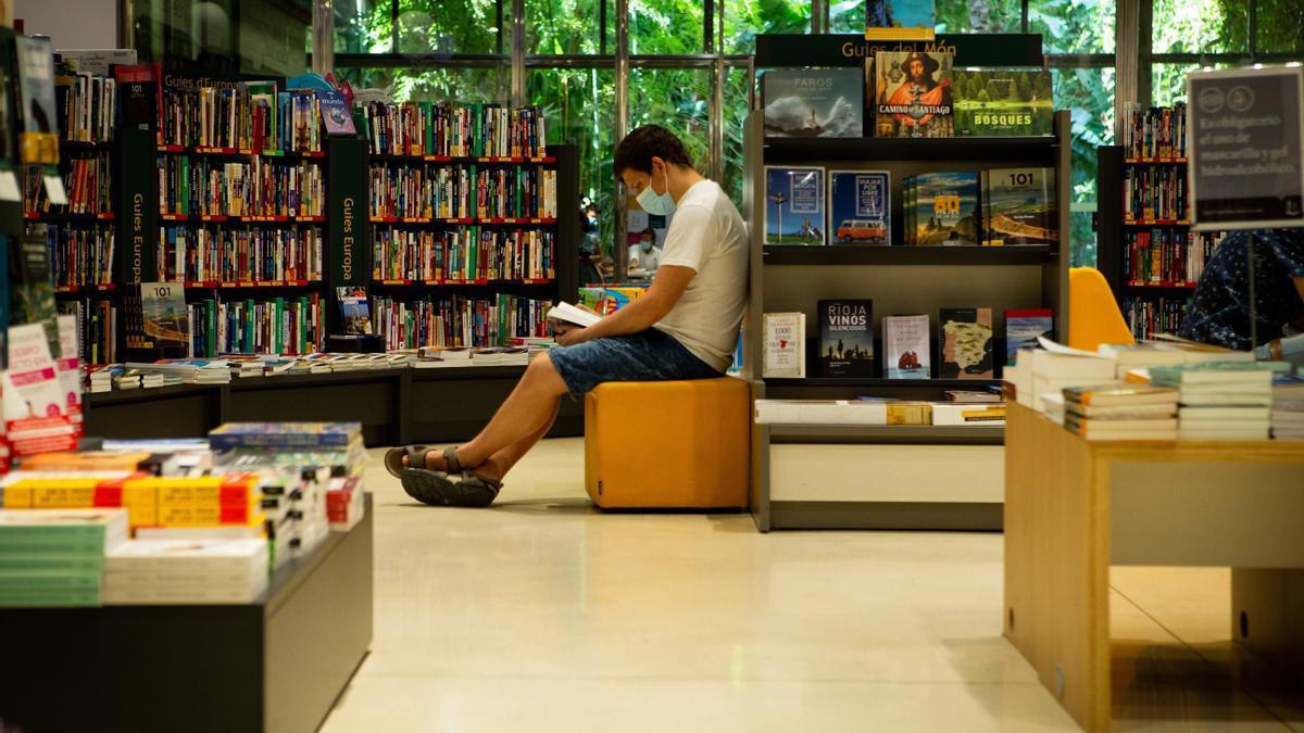 Aspecto de una librería del centro de Barcelona