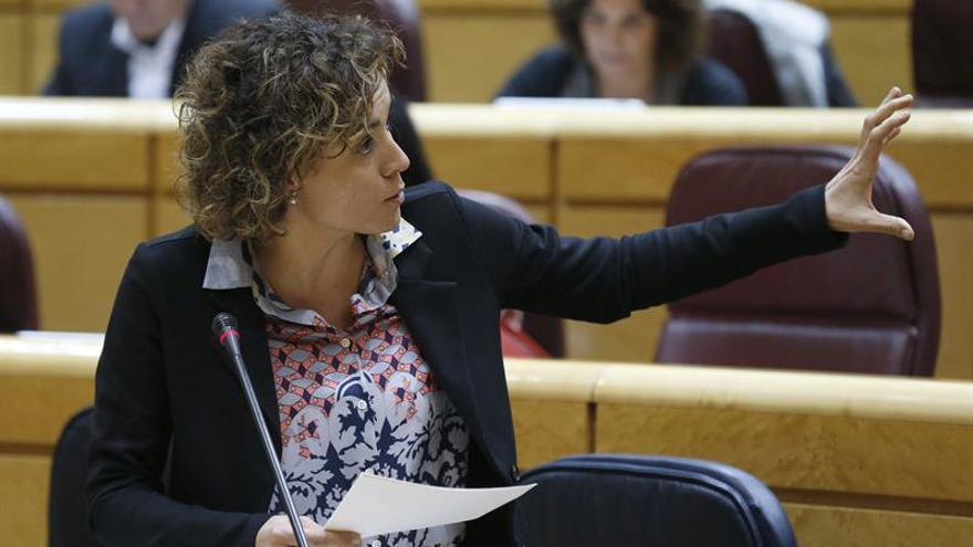 Sindicatos médicos exponen a Montserrat reivindicaciones de los profesionales