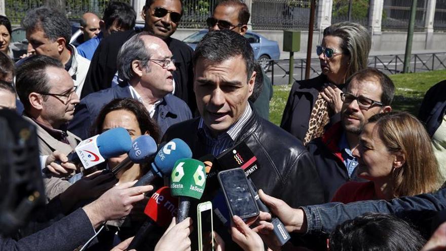 El PSOE pone en marcha su maquinaria electoral entre el desánimo de sus bases