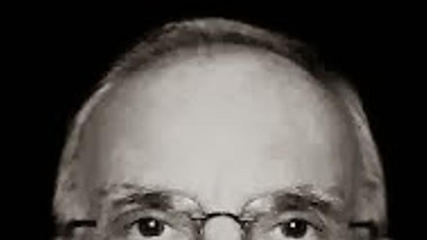 José Luis Martínez.