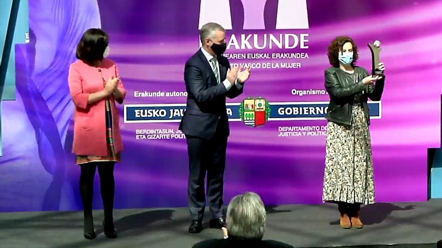 Entrega del Premio Emakunde a Askabide