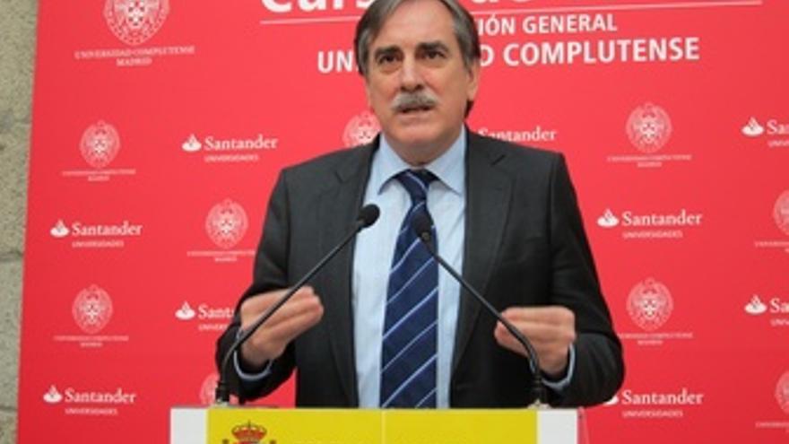 Valeriano Gómez, Ministro De Trabajo E Inmigración