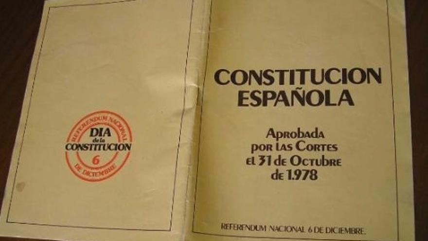 Resultat d'imatges de constitucion española