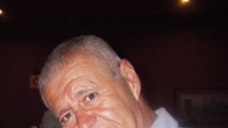 Rafael Reyes, uno de los primeros realizadores canarios de televisión.