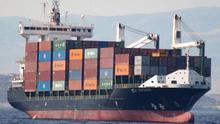 """La naviera líder de mercancías entre Canarias y Península rechaza la alarma de desabastecimiento lanzada por su patronal: """"Es una vergüenza"""""""