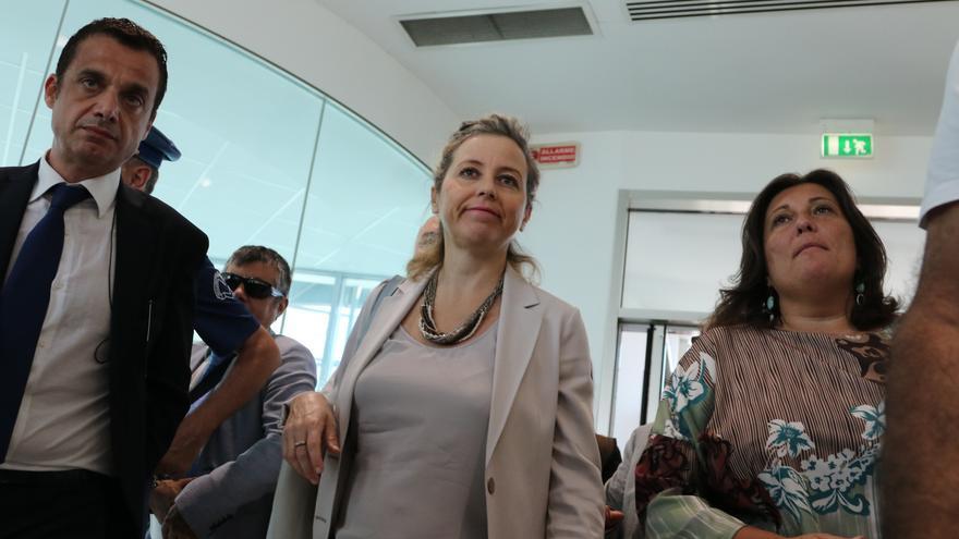 La ministra de Sanidad, Giulia Grillo, en una visita a un hospital de Nápoles el 10 de julio.
