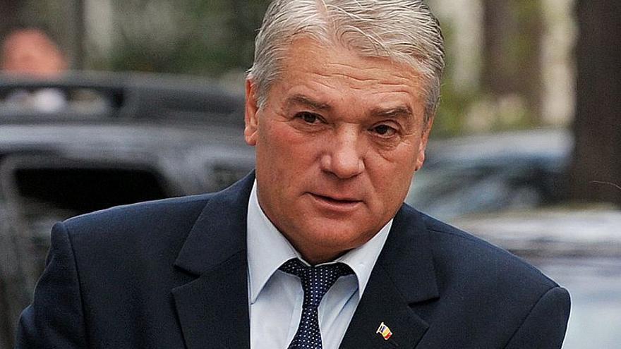 Dimite el ministro del Interior de Rumanía, Nicolae Moga.