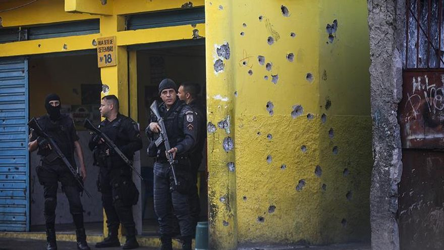 La Policía de Río instala una torre blindada en favela tras cinco días de tiroteos