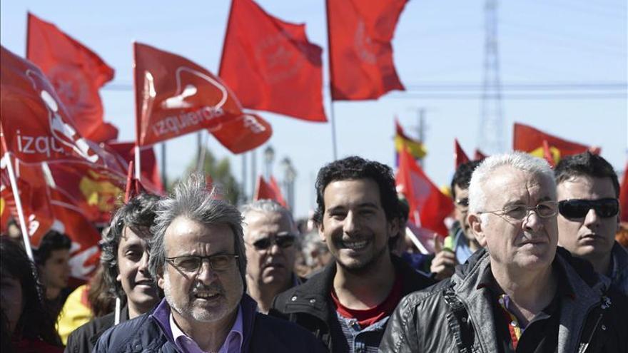 Lara critica la política de Rajoy y la troika por su fracaso estrepitoso