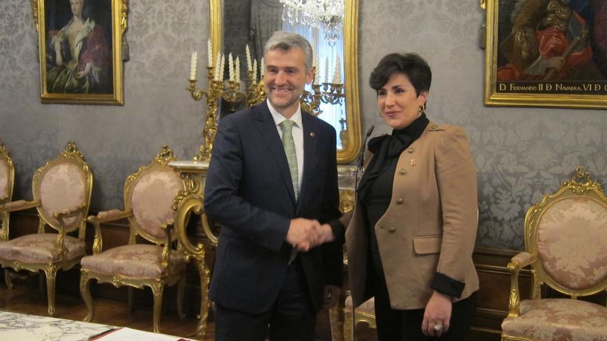 Gobierno de Navarra y UPNA firman el convenio de financiación plurianual de la universidad para 2018-2020