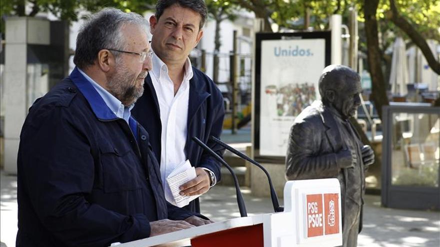 """Besteiro, sobre las encuestas, dice que """"confirman que el PP ya busca socio que lo apoye"""""""